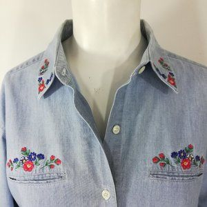 Foxcroft Embroidered Button Front Shirt Size 8